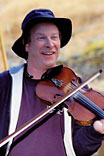 danny carnahan_Celtic fiddler_Rogue_River_Oregon