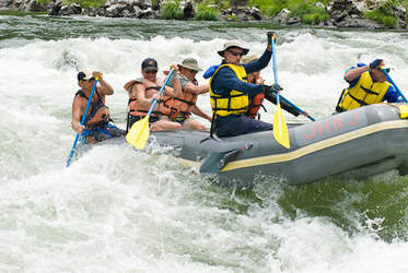 rogue river paddleboat_klamath_river_paddleboat_whitewater_rafting trips